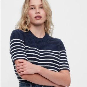 Gap short sleeve shaker sweater